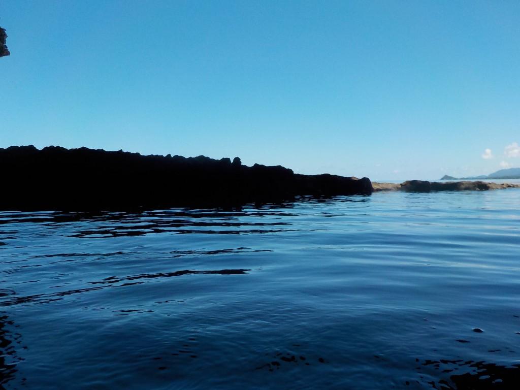 今日の海はベタ凪ぎです