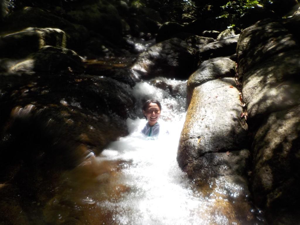 滝つぼにある天然のジャグジー!