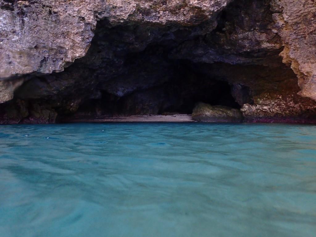 今日の青の洞窟の様子